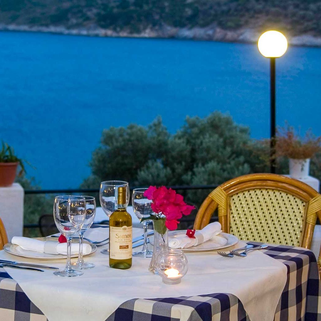 09-photogallery-hotel-kerveli-village-restaurant-samos-vacation-hotel-vasileiou